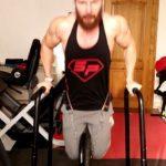 Les dips pour l'entraînement des pectoraux et des triceps à domicile