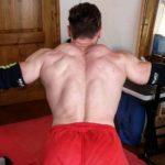 Gestion des douleurs aux épaules en musculation